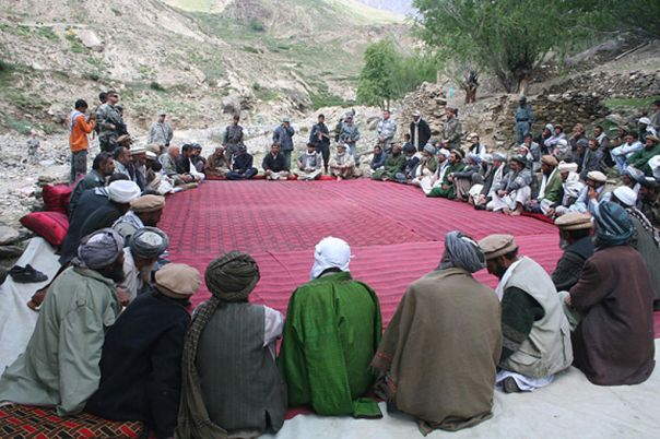 1024px-Town_meeting_in_Afghanistan